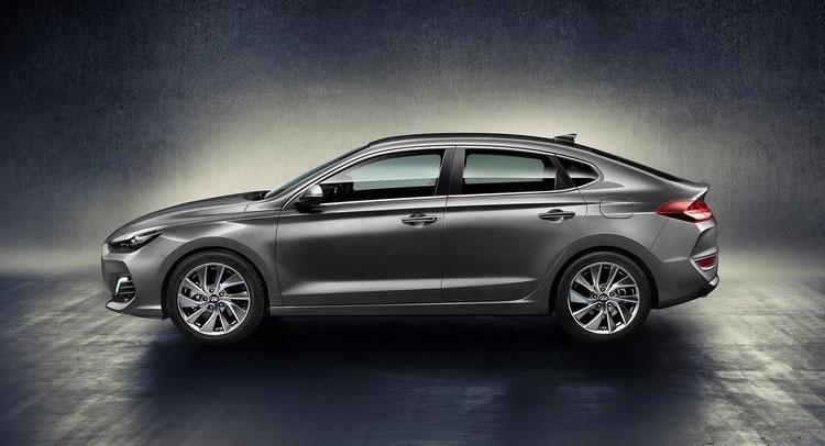Yeni Hyundai I30 Fastback Arabalarcomtr