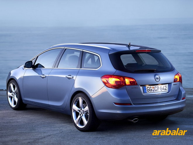 2011 Opel Astra Sports Tourer 1.4 T Cosmo