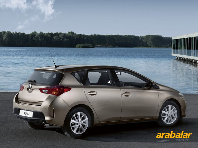 2013 Toyota Auris 1.4 D-4D Comfort Plus MultiMode