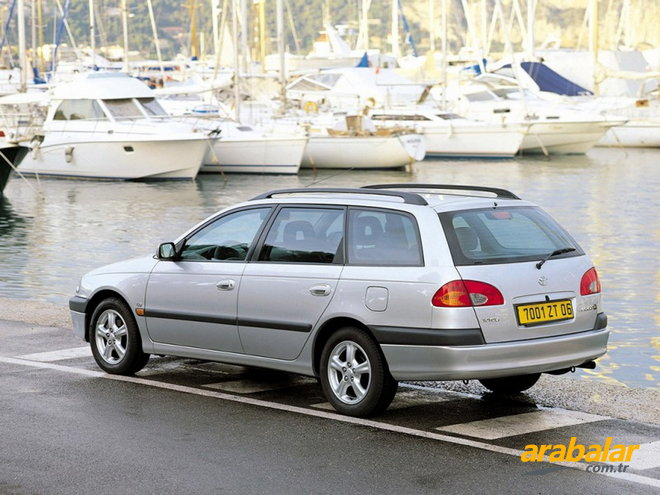 2000 Toyota Avensis SW 1.6 Linea Sol