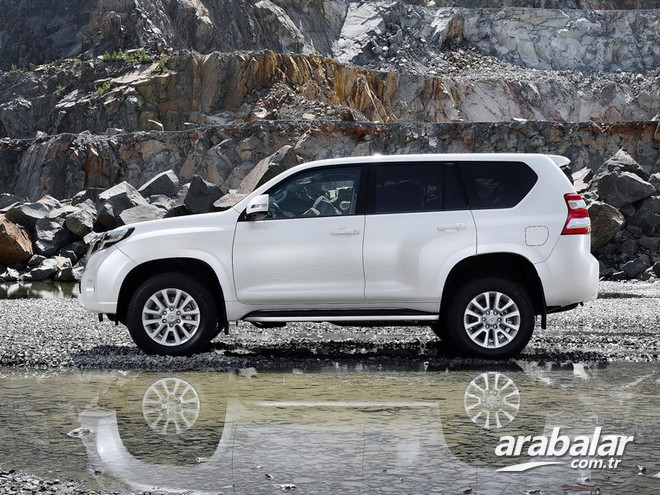2014 Toyota Land Cruiser 4.5 D-4D V8