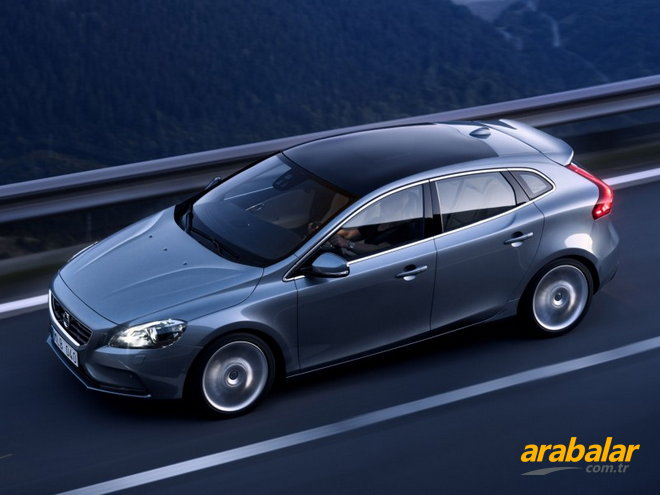 2016 Volvo V40 1.5 T3 R-Design Plus